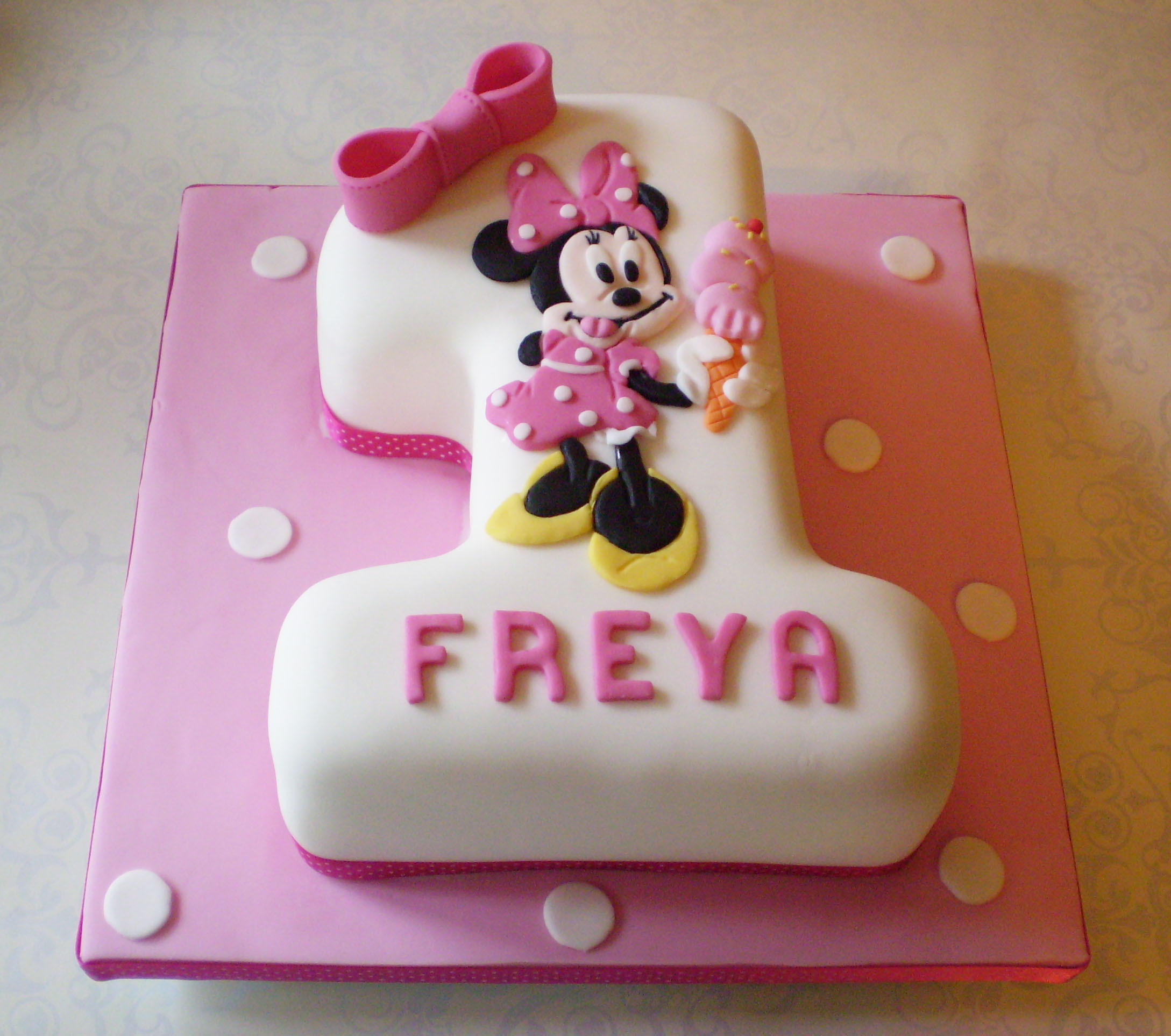 Decorating Ideas > Bolos De Aniversário De Menina ~ 042142_Number One Cake Decoration Ideas