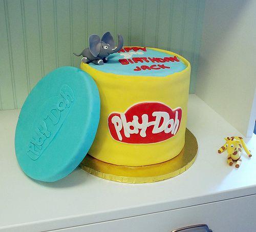 bolo aniversario play doh