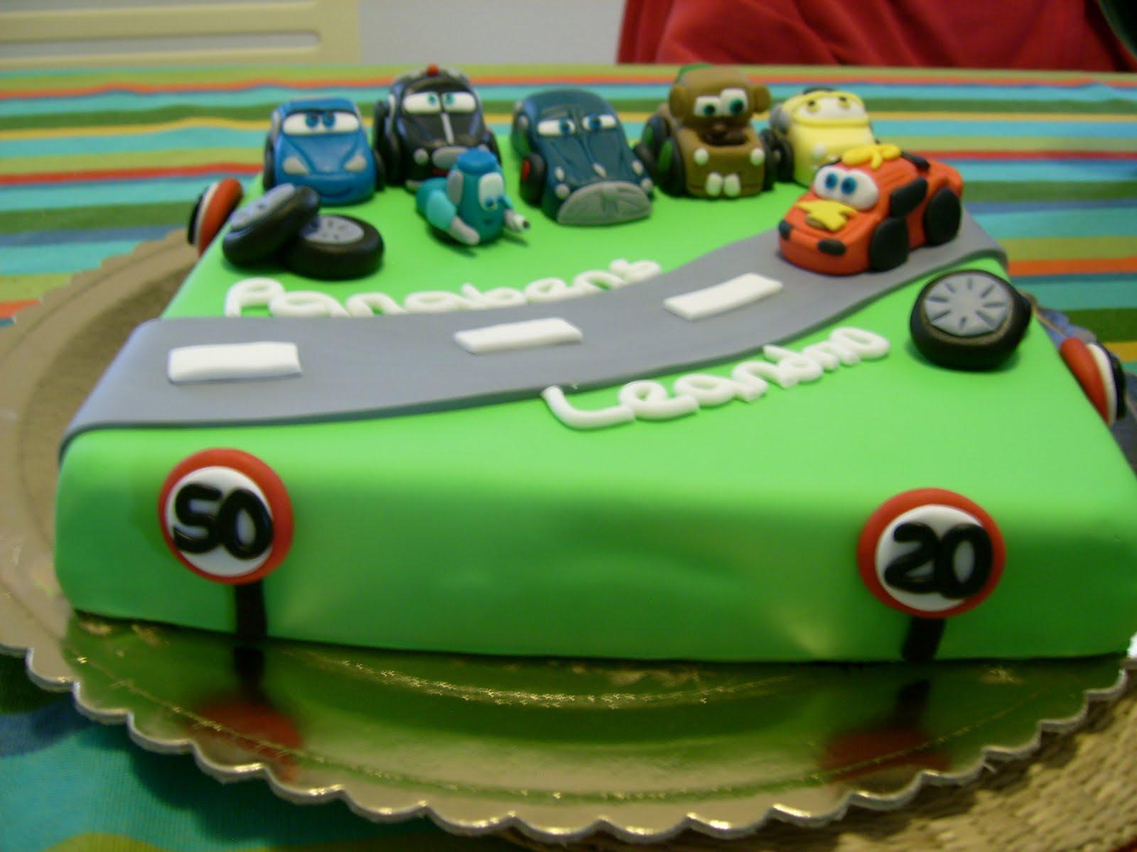 bolo carros Bolo de aniversário rapaz