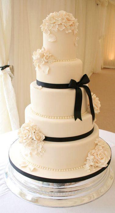 bolo casamento noiva preto branco