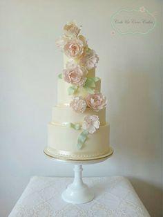 bolo casamento noiva