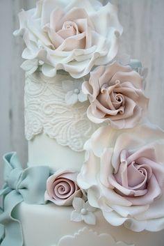 bolo casamento rosa