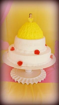 bolo da princesa bela e a fera