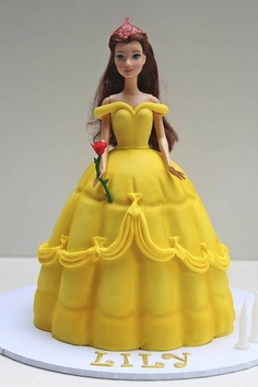 bolo da princesa bela