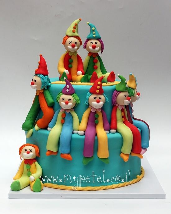 bolo de palhaços