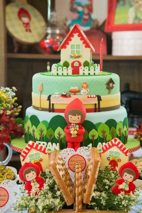 bolo decorado chapeuzinho vermelho