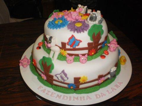 bolo decorado fazenda