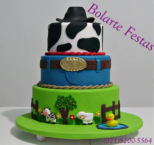 bolo decorado fazendinha
