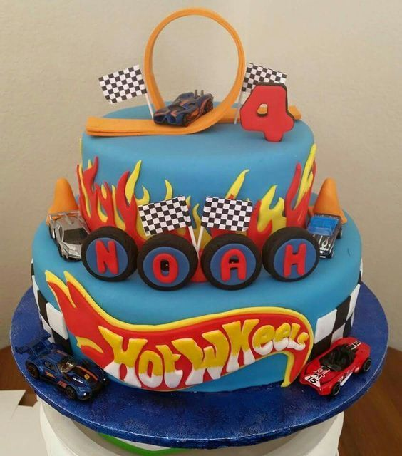 bolo decorado hot wheels 3