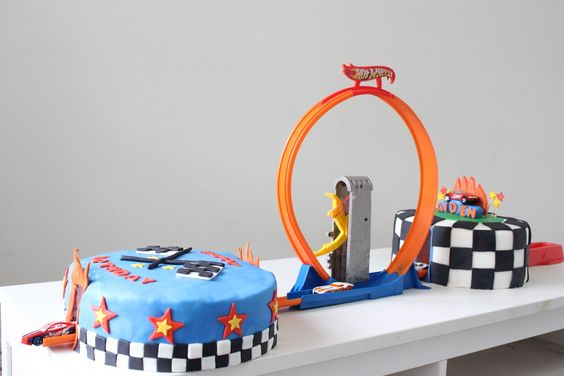 bolo decorado hot wheels