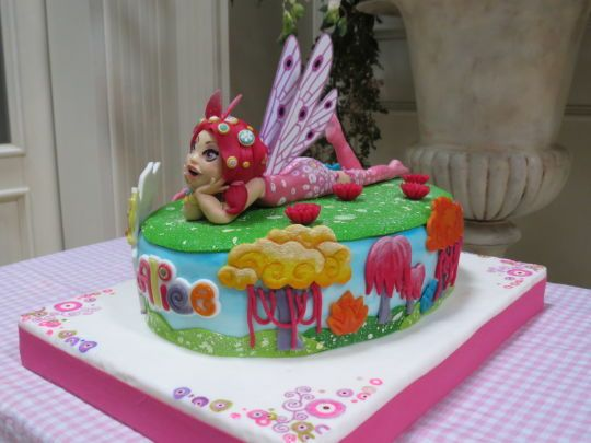 bolo decorado mundo mia 14