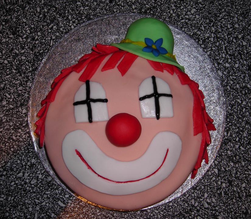 bolo decorado palhaço