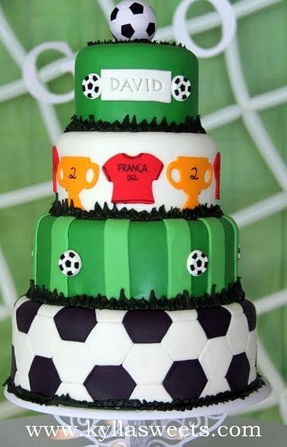 bolo futebol decorado