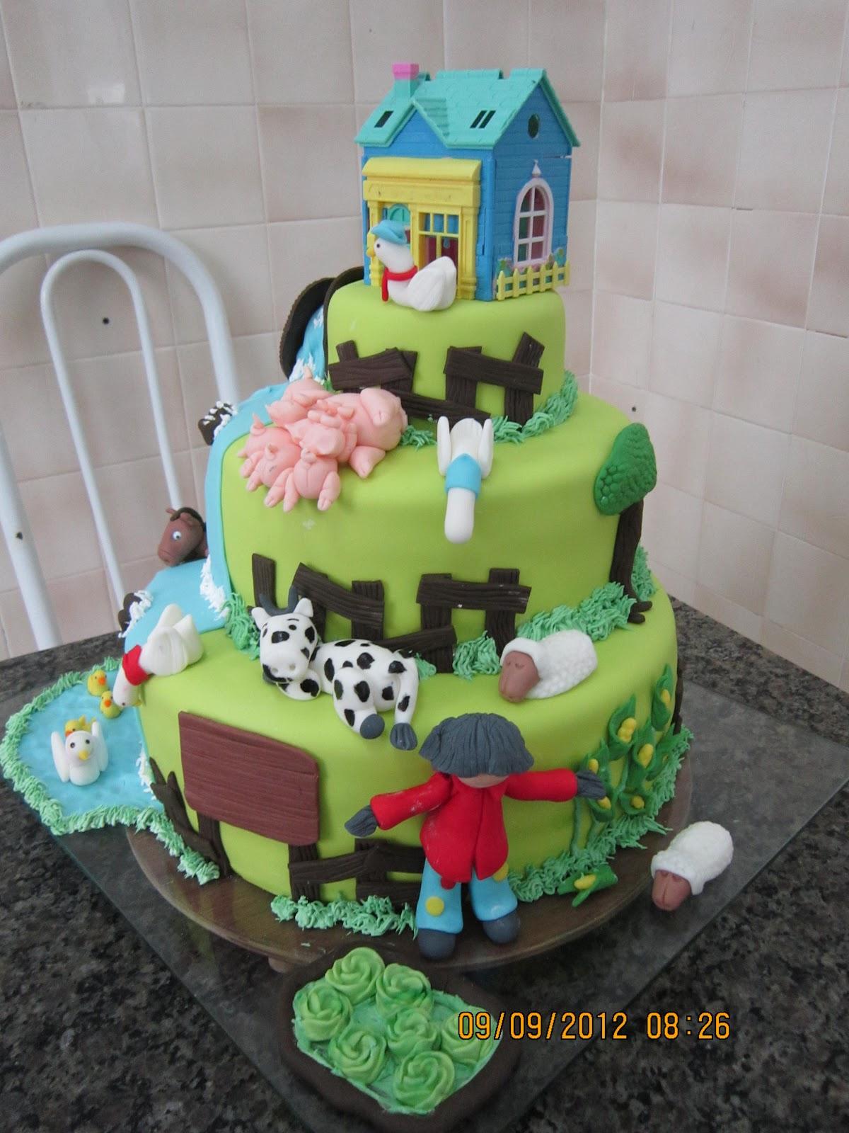 bolo infantil fazenda