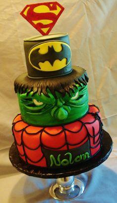 bolo infantil super herois