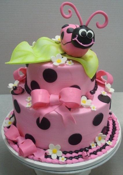 bolo joaninha rosa