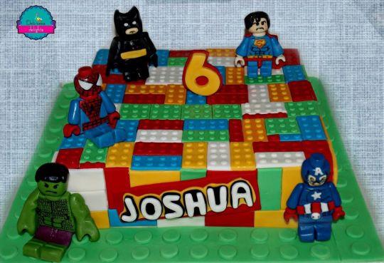 bolo lego super herois