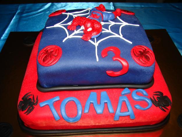 bolo spiderman Bolo de aniversário rapaz