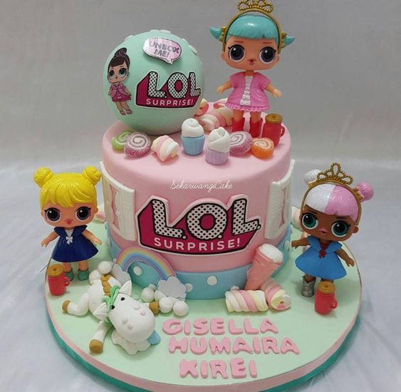 modelos bolos bonecas lol